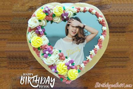 Print Photo On Heart Birthday Cake For Lover