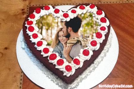 Photo on Heart Birthday Cake For Sweetheart