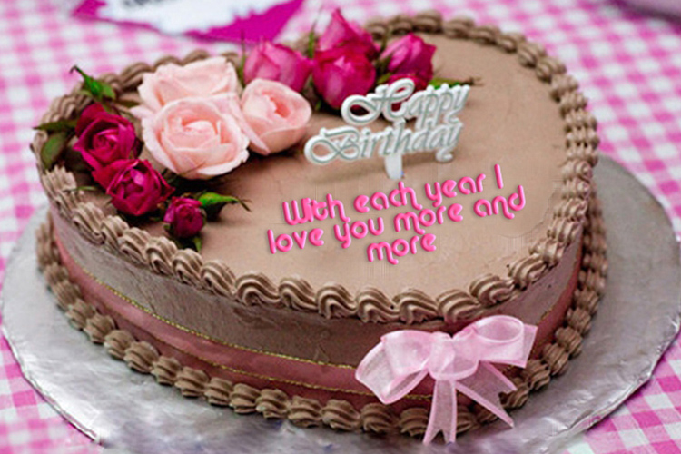 Write Your Sweetheart Birthday Wishes On The Cake