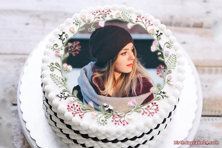 Collage photos on vignette birthday cake - Download beautiful birthday cake photos