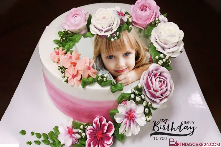 Personalize Photos on Lovely Flower Birthday Cakes
