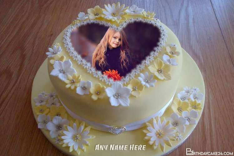 Make Birthday Wishes By Printing Name And Photo on Cakes